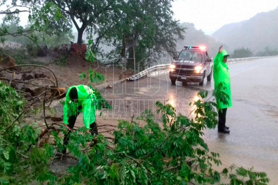 Pronostican domingo lluvioso en casi todo el país