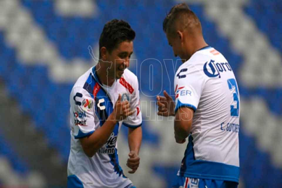 Querétaro vence 3-1 a Lobos y avanza en Copa MX