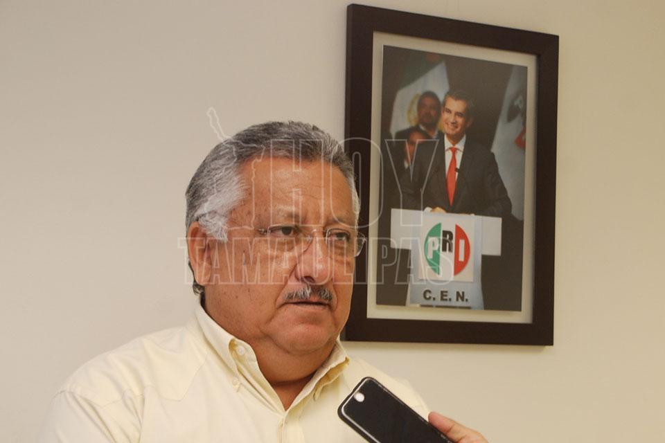 Se reúne Meade con ex presidentes del PRI