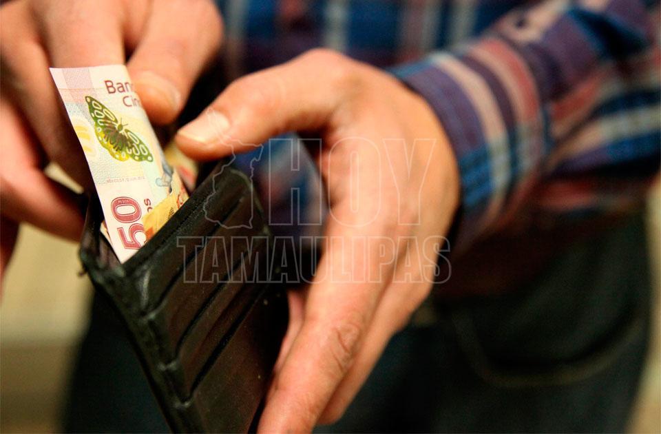 Coparmex busca aumentar el salario mínimo a 89.35 pesos