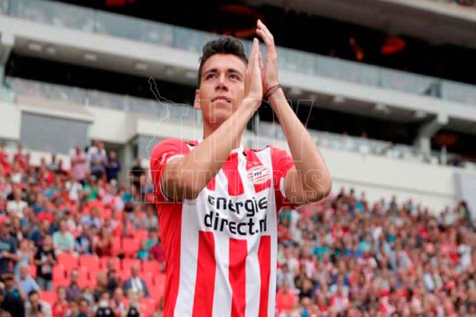 El goleador Héctor Moreno