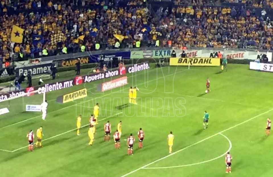 Empatan a un gol Toluca y Chivas