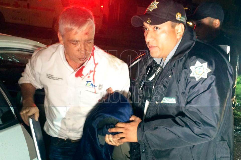 Choca funcionario de Tamaulipas e intenta darse a la fuga
