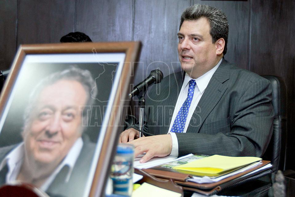El CMB no tiene nada contra 'Canelo' Álvarez, dice Sulaimán