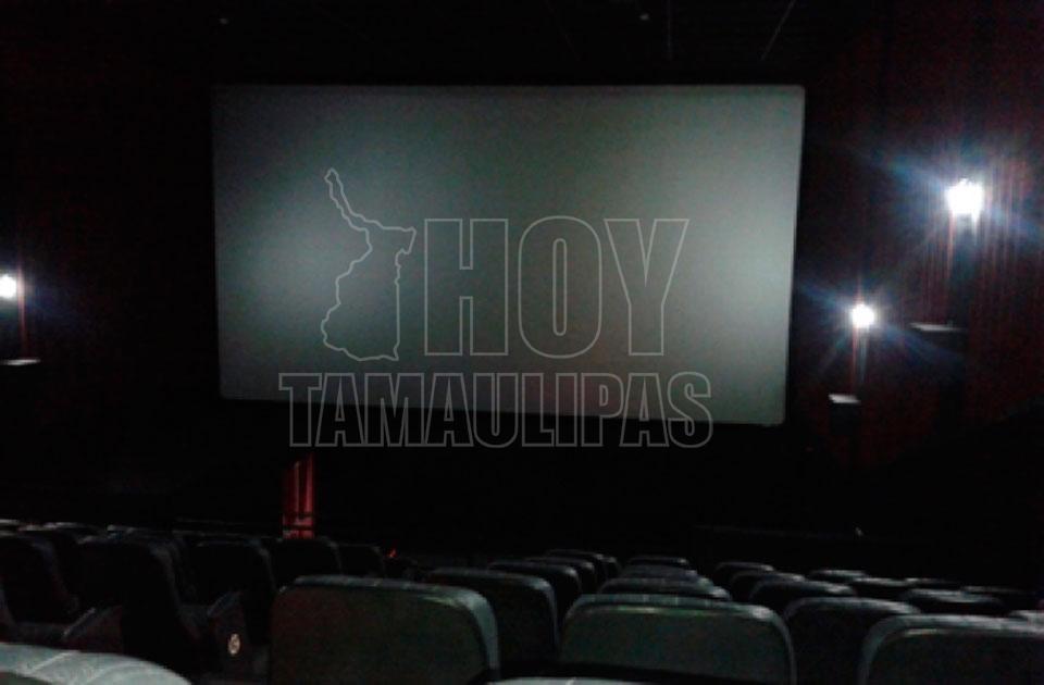 Desalojan cine por falsa alarma en Monterrey