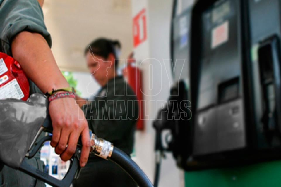 Magna y diésel mantienen su precio, Premium baja un centavo