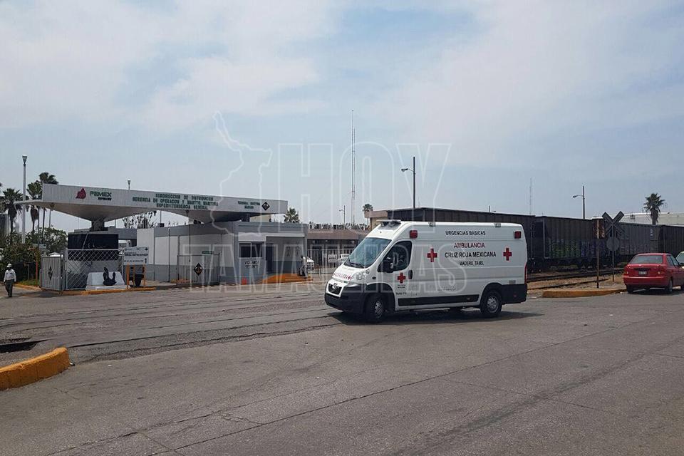 Accidente en terminal de Pemex deja 17 heridos