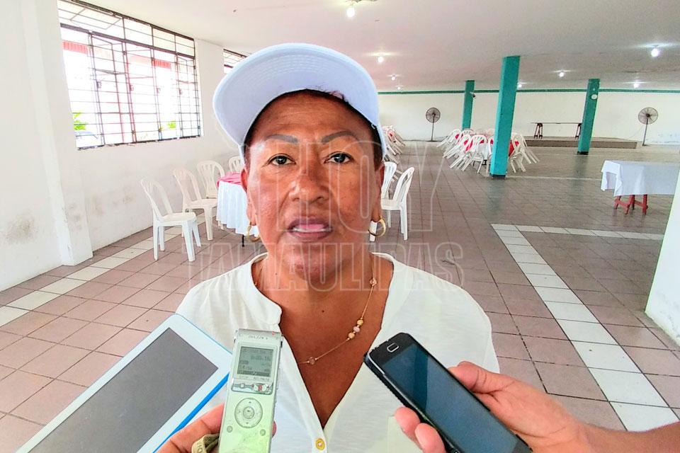 Veda afecta a trabajadoras de la industria camaronera