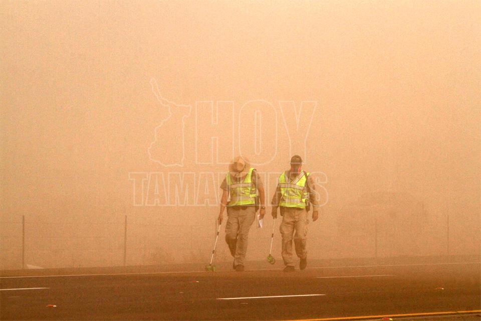 Tormenta de arena y contaminación sacude a Beijing
