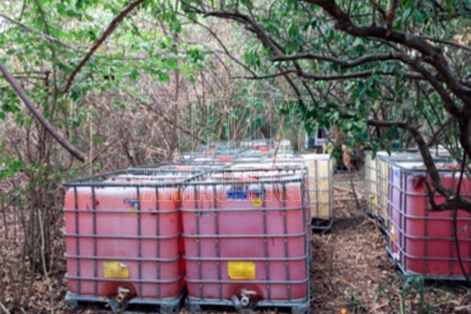 Agentes federales aseguran 114 mil 134 litros de combustible en Puebla