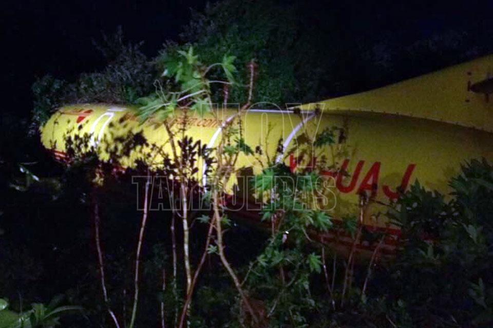 Choca aeronave en el aeropuerto de Tampico; se quedó sin combustible