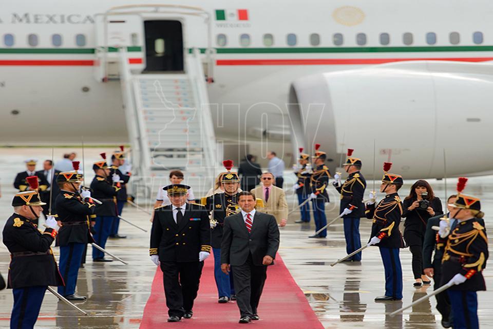 Arriba Jhon Kelly, secretario de seguridad interna de EU a México