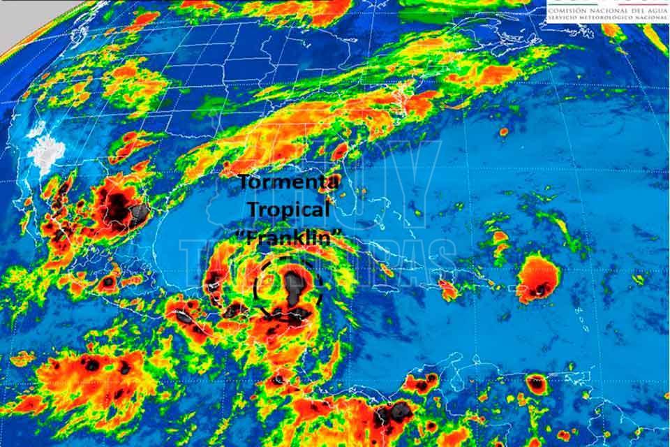 Franklin podría convertirse en huracán en las próximas horas