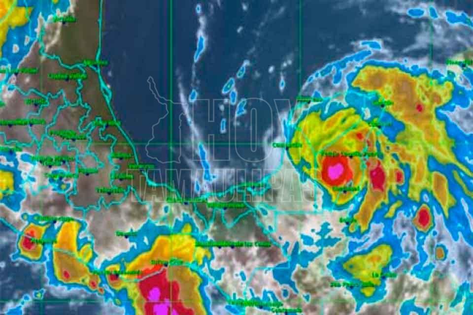 Huracán Franklin tocará tierras mexicanas en las próximas horas