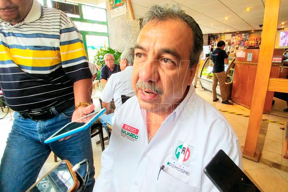 Congela juez extradición de Eugenio Hernández