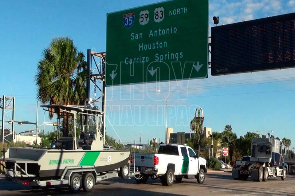 Agentes fronterizos apoyarán labores de rescate en Houston