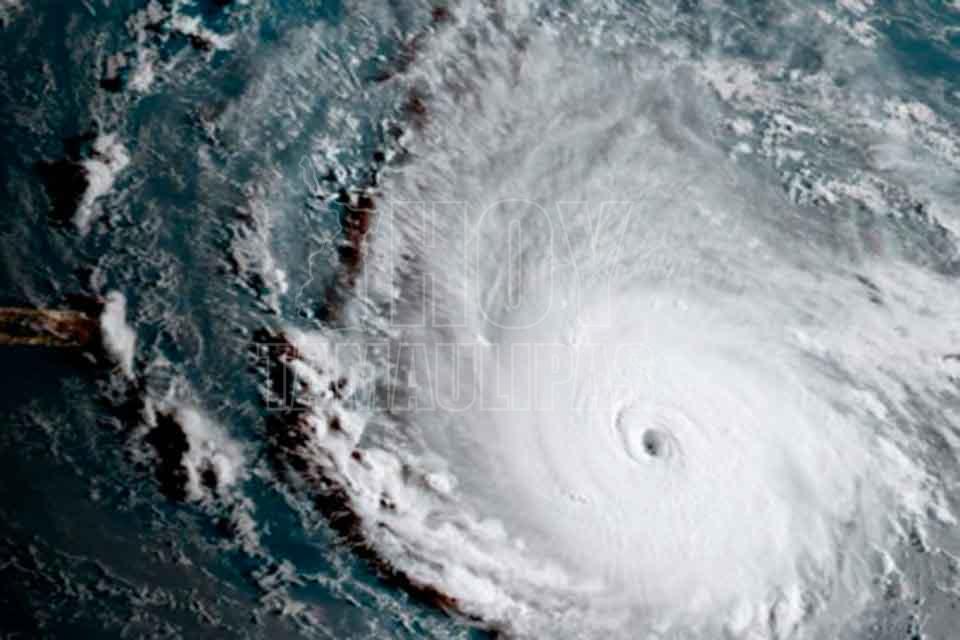 Activa PC Alerta Gris; Disturbio Tropical evolucionaría a Ciclón