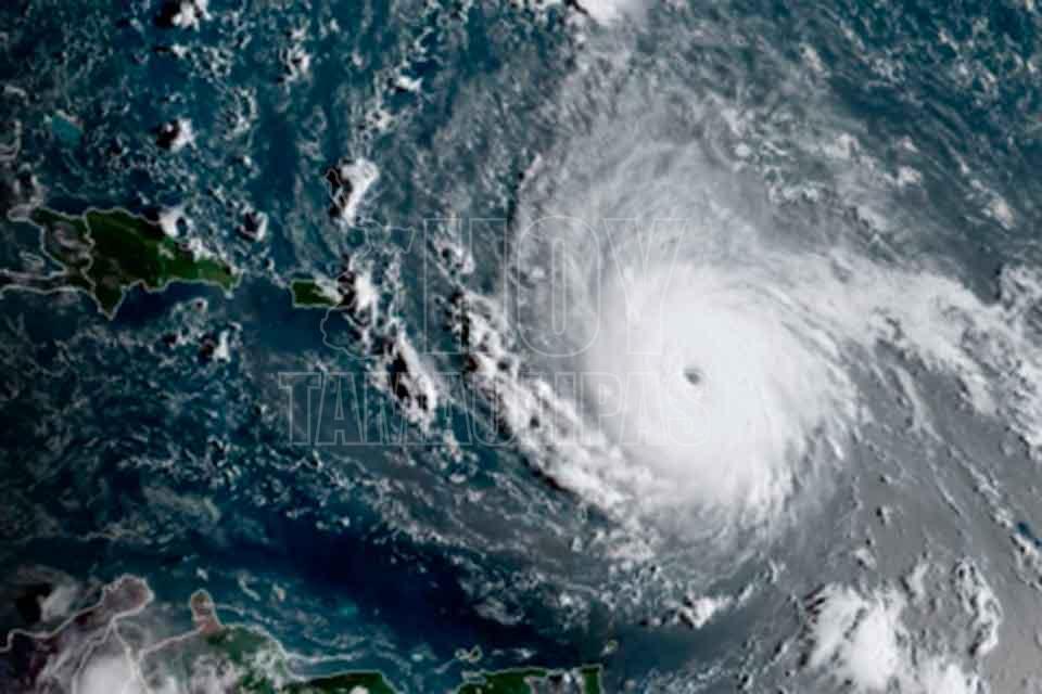 Mira cómo luce el ojo del huracán Irma desde el espacio