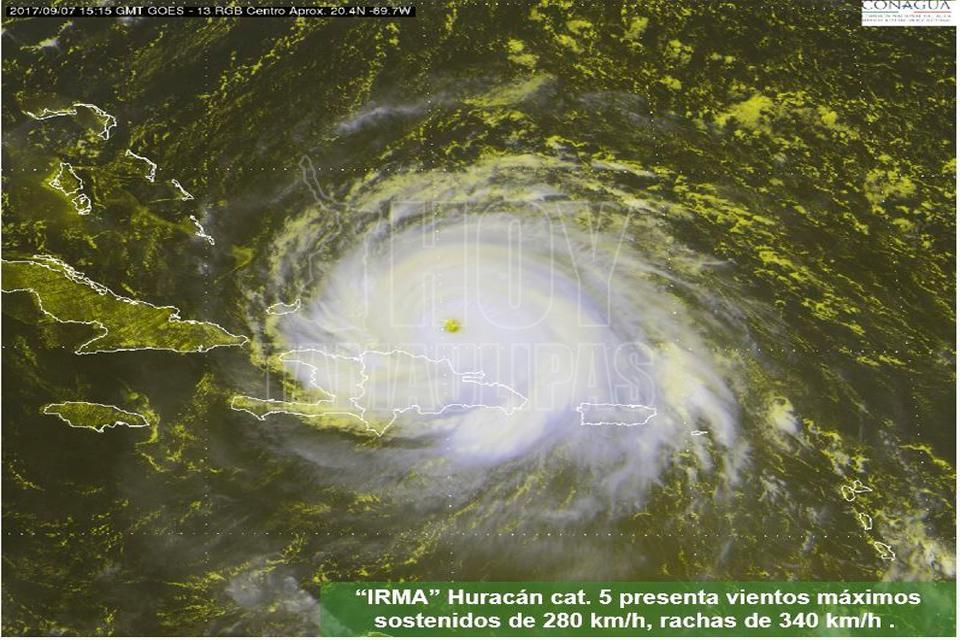 'Irma' impacta islas del Caribe y avanza a costas de Florida