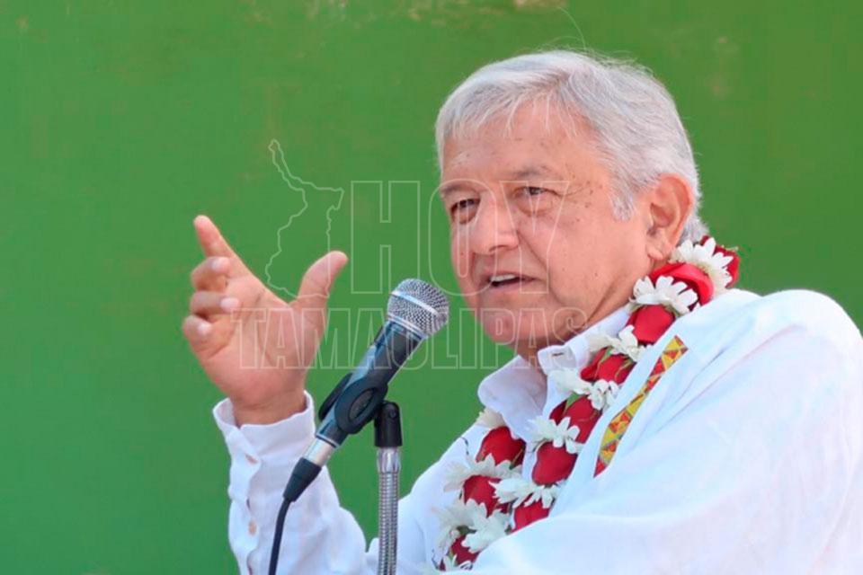 Desde Nuevo León, AMLO insiste en cancelar la reforma educativa