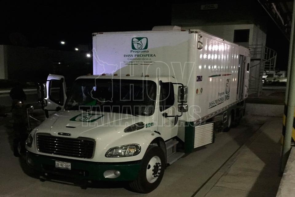 Militares aseguran camión del IMSS con cocaína en Tamaulipas