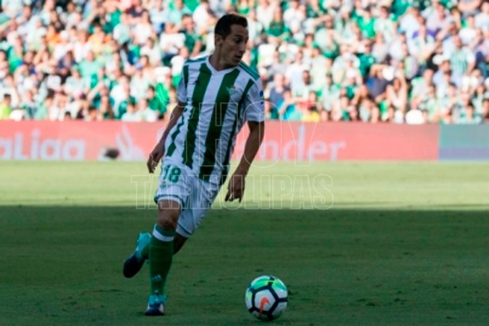 Jugador del Eibar habría insultado a Andrés Guardado en la liga española
