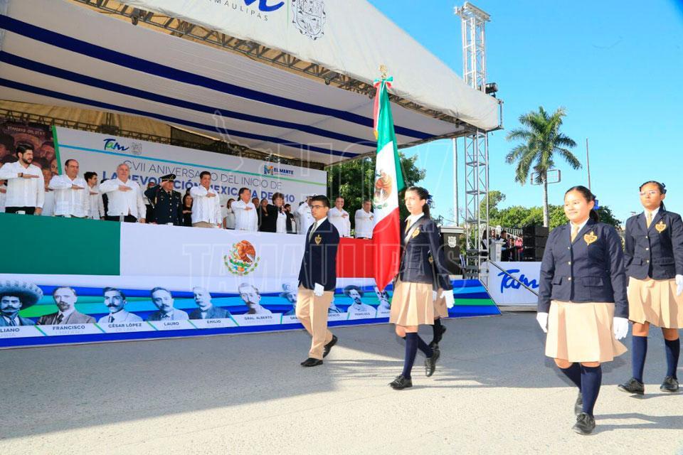 Villa de Álvarez celebra desfile por Aniversario 107 de la Revolución Mexicana
