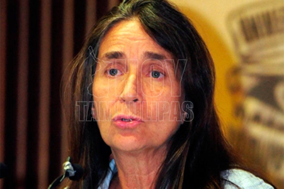 Julia Carabias recibe la medalla Belisario Domínguez