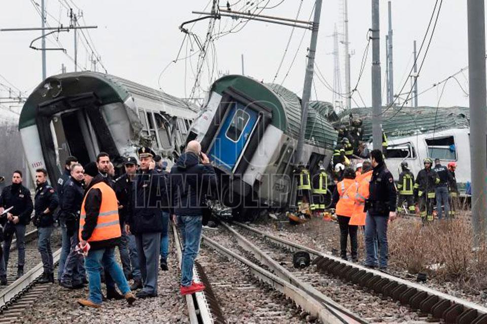 Tres muertos tras descarrilar un tren cerca de Milán