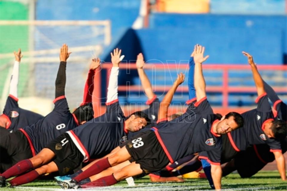 Leones Negros golea al Atlante y avanza a 'Semis' del Ascenso MX