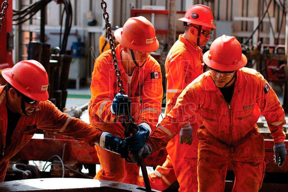 Petróleo venezolano cerró la semana en 58,03 dólares