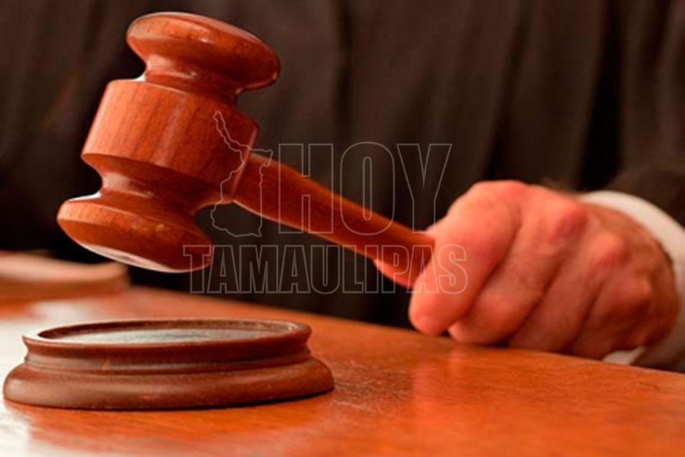 Médico acusado del homicidio de un niño afirma no busca impunidad